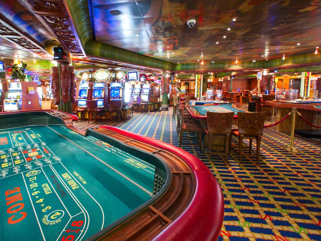 Why Should I Play Casino Table Games?